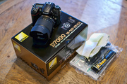 For Sale Brand New Nikon D7000 16.2MP DSLR